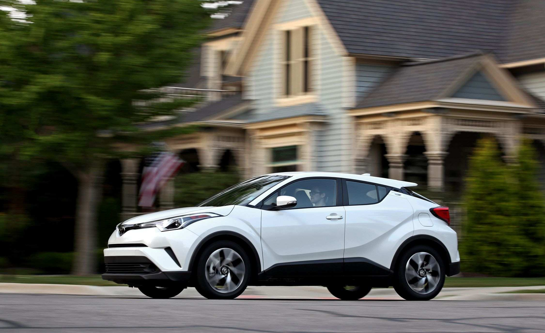 35 The Best 2020 Toyota C Hr Compact Performance