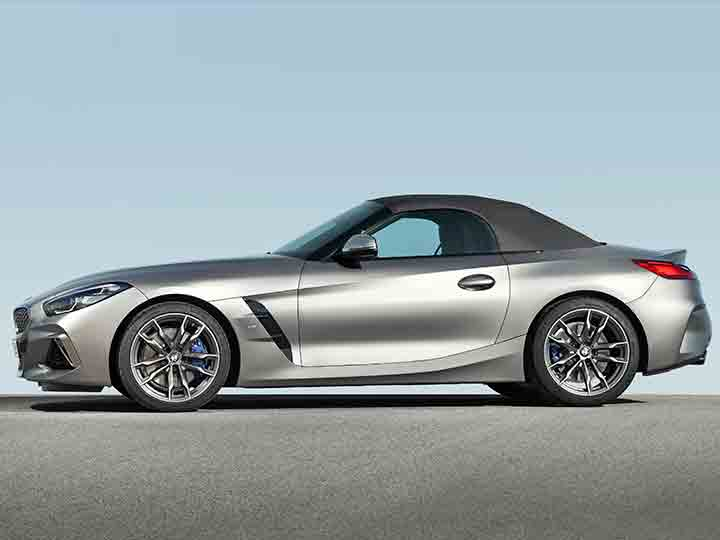 36 A 2019 BMW Z4 Roadster Images