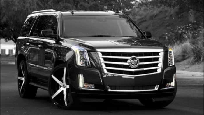 36 A 2019 Cadillac Escalade V Ext Esv Spy Shoot
