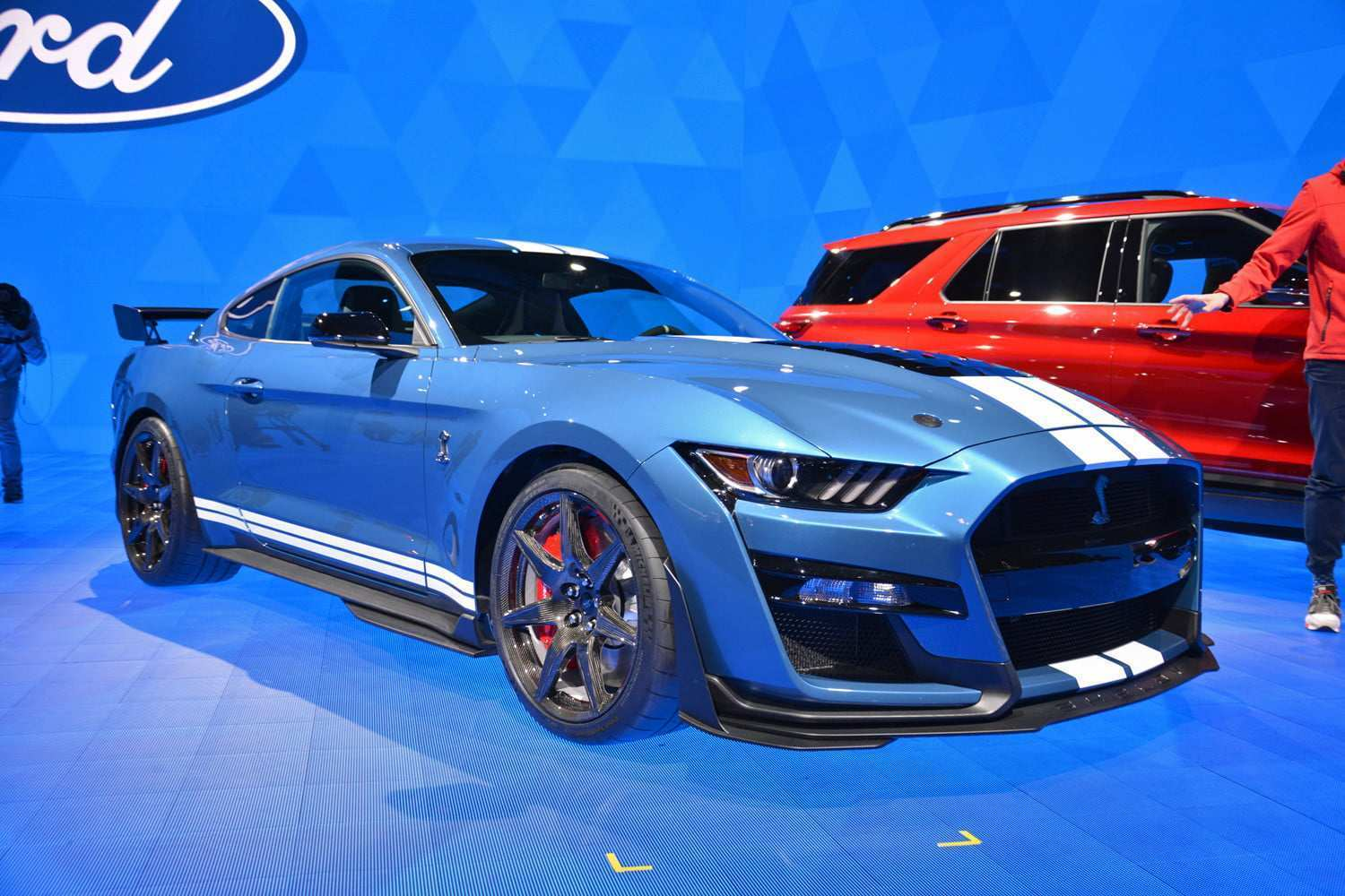 36 A 2019 Ford GT500 Performance