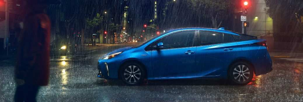 36 A 2019 Toyota Prius Pictures Speed Test