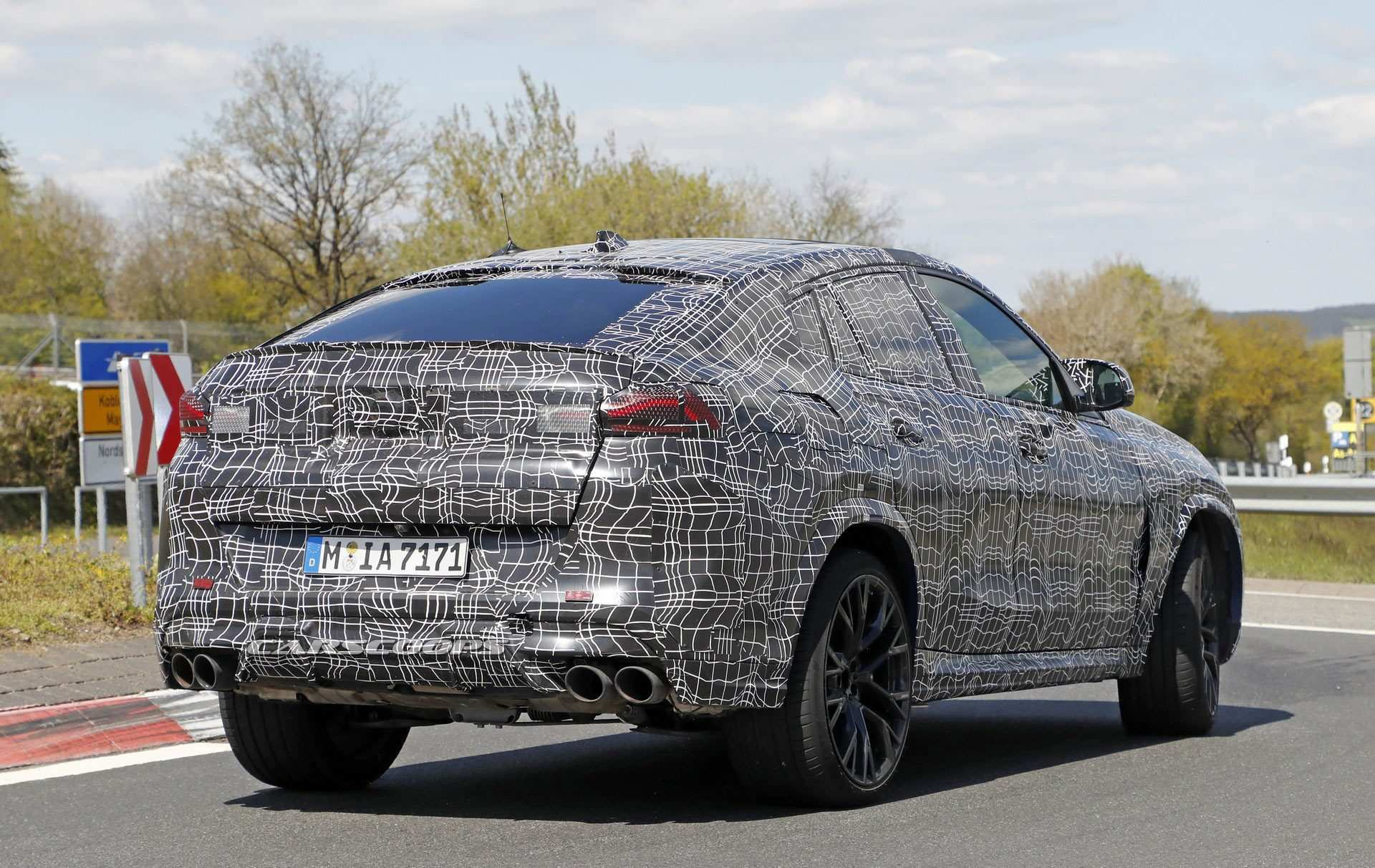 36 A 2020 BMW X6 Rumors