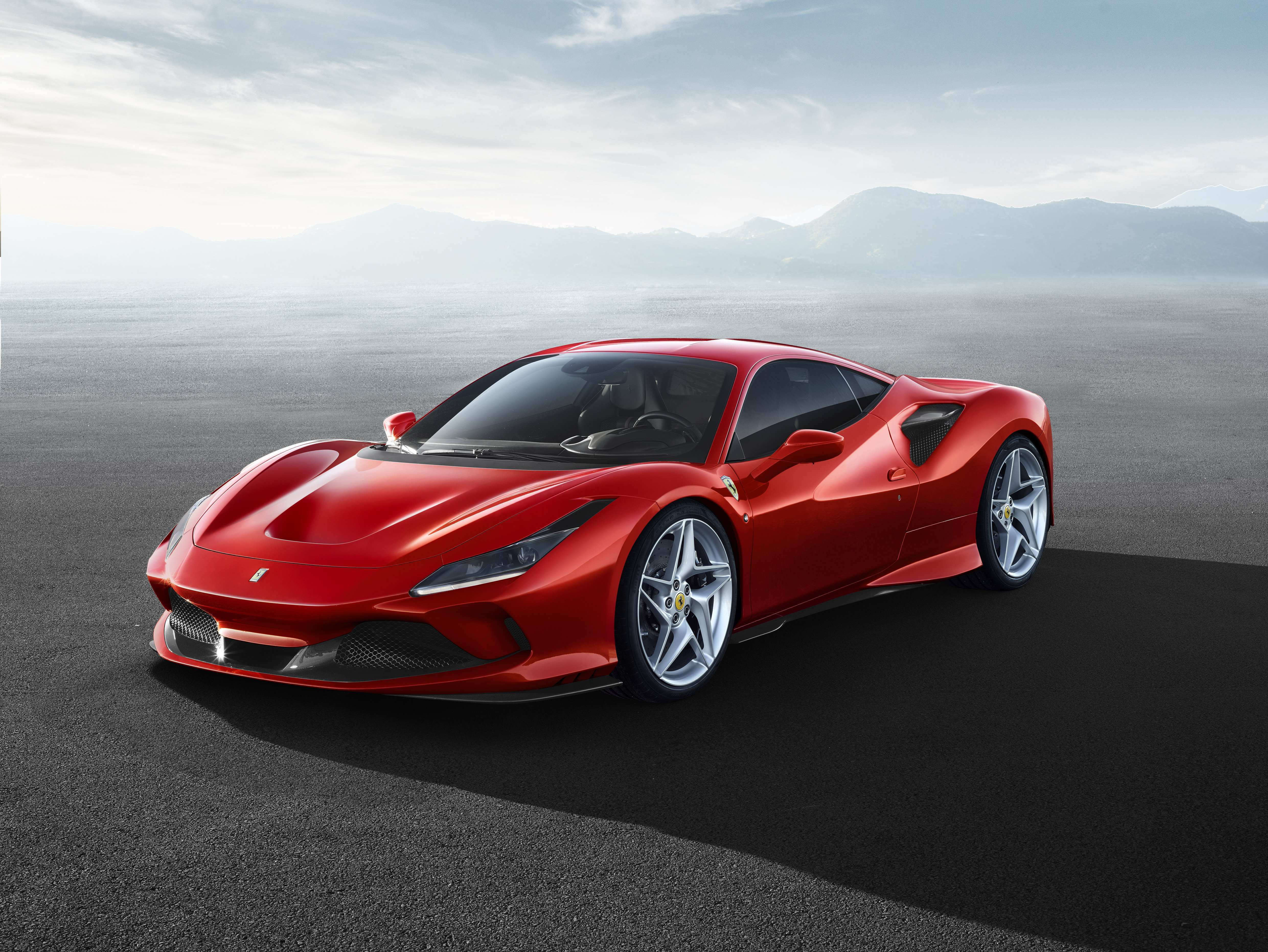 36 New Ferrari M 2020 First Drive