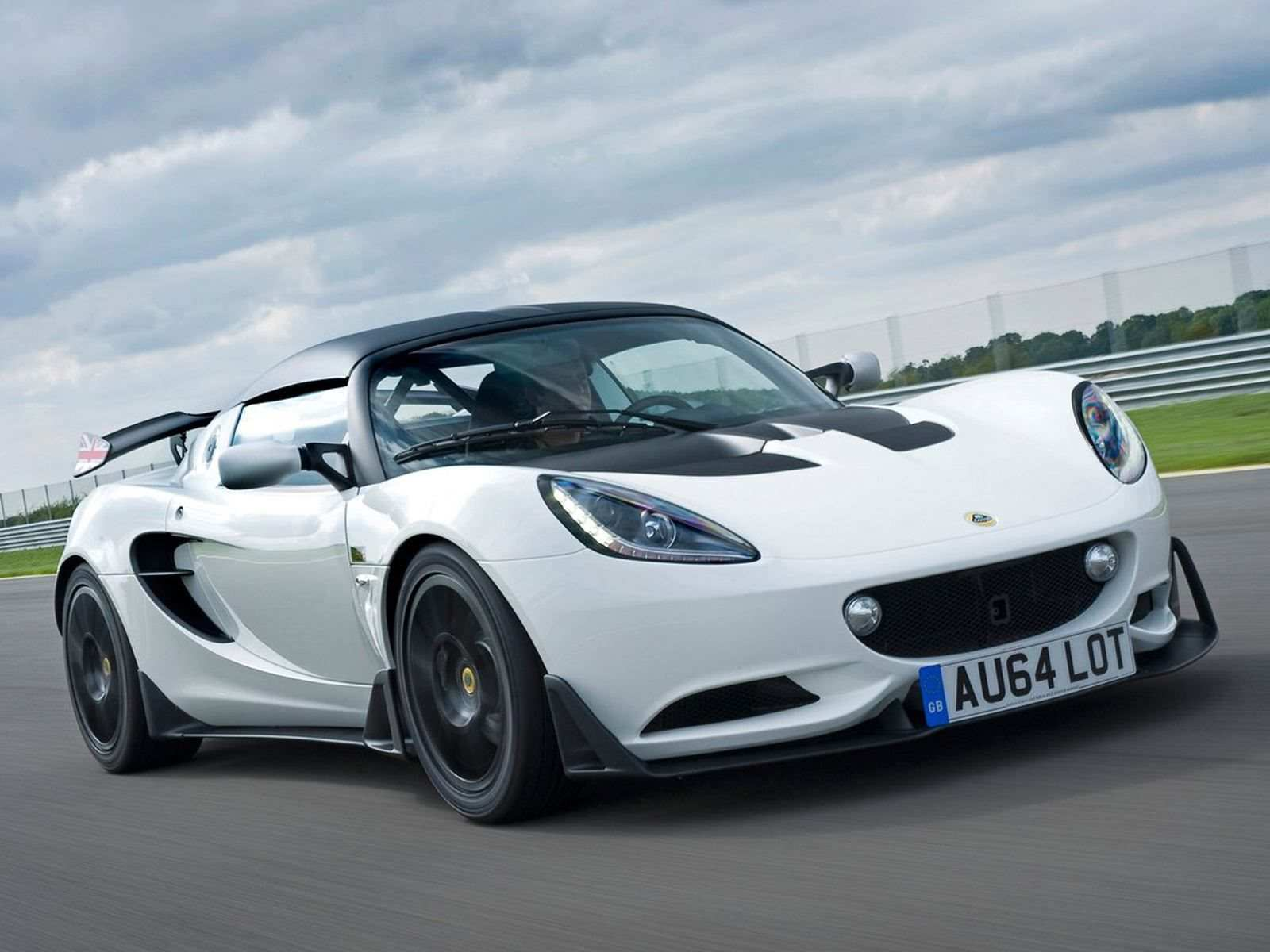 36 The 2020 The Lotus Evora First Drive