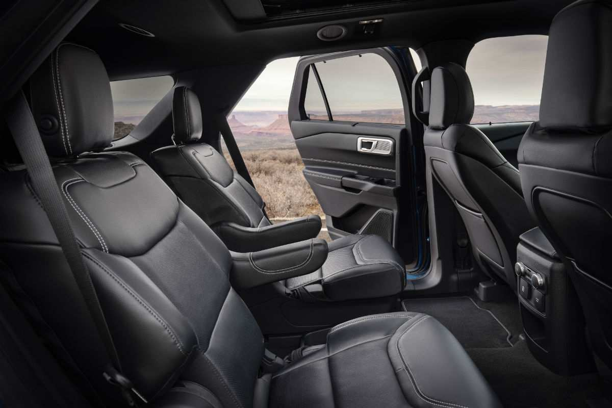 36 The Ford Explorer 2020 Interior Spy Shoot