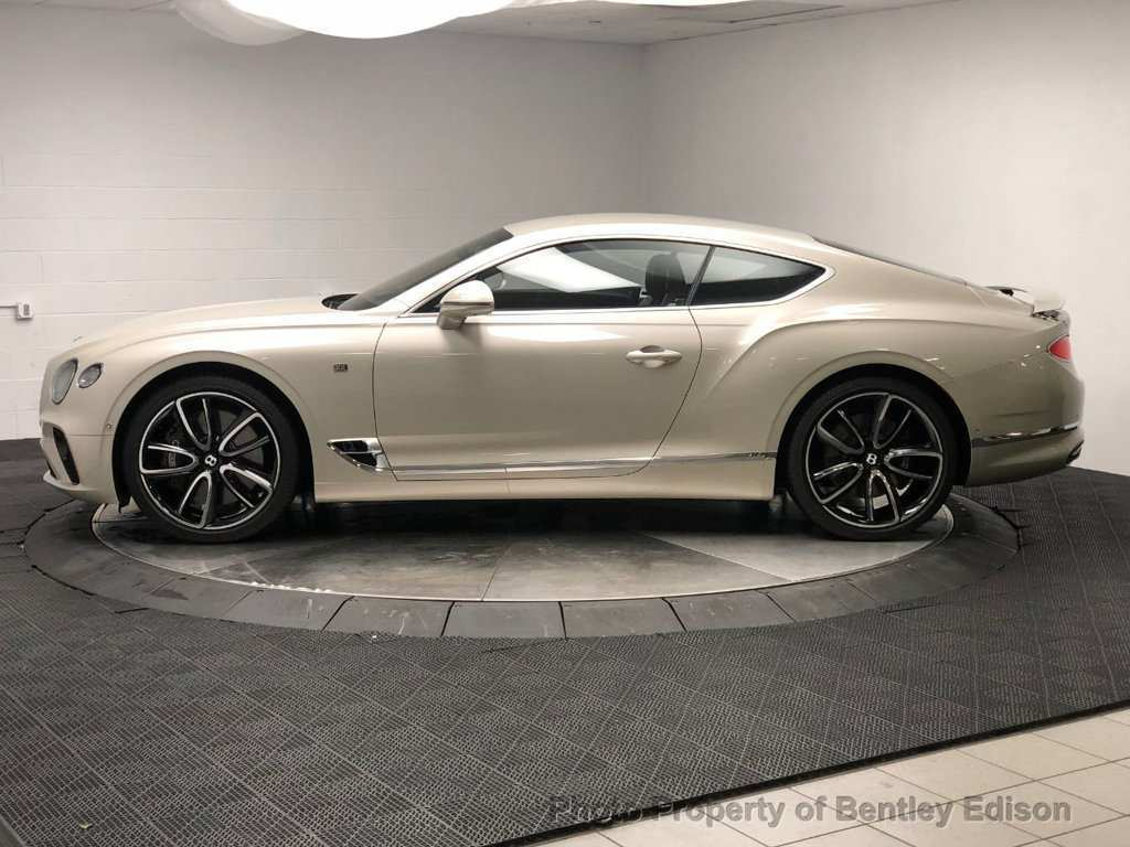 37 A 2020 Bentley Continental GT Photos