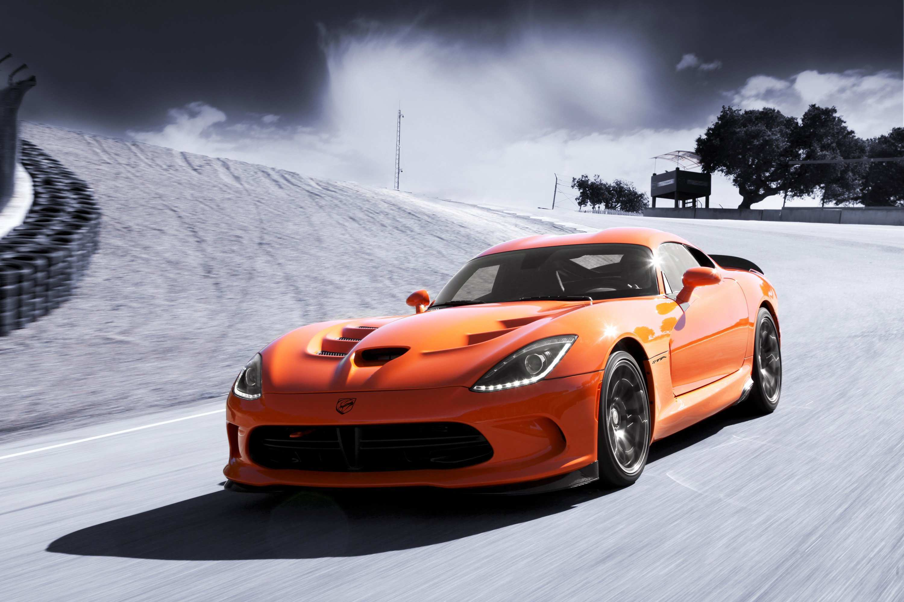 37 A 2020 Dodge Viper ACR Review