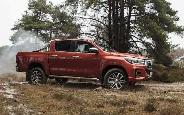 37 A 2020 Toyota Hilux Research New