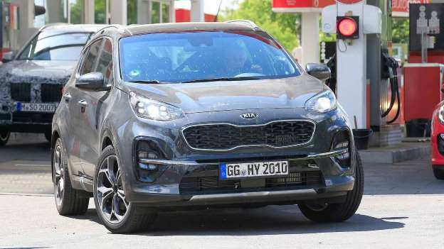 37 All New 2019 KIA SportageSpy Shots Spy Shoot