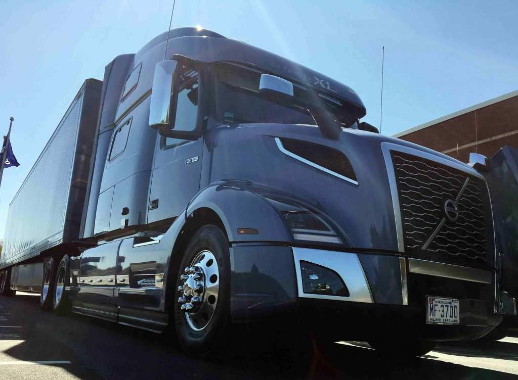 37 The Best Volvo Truck 2019 Interior Pricing