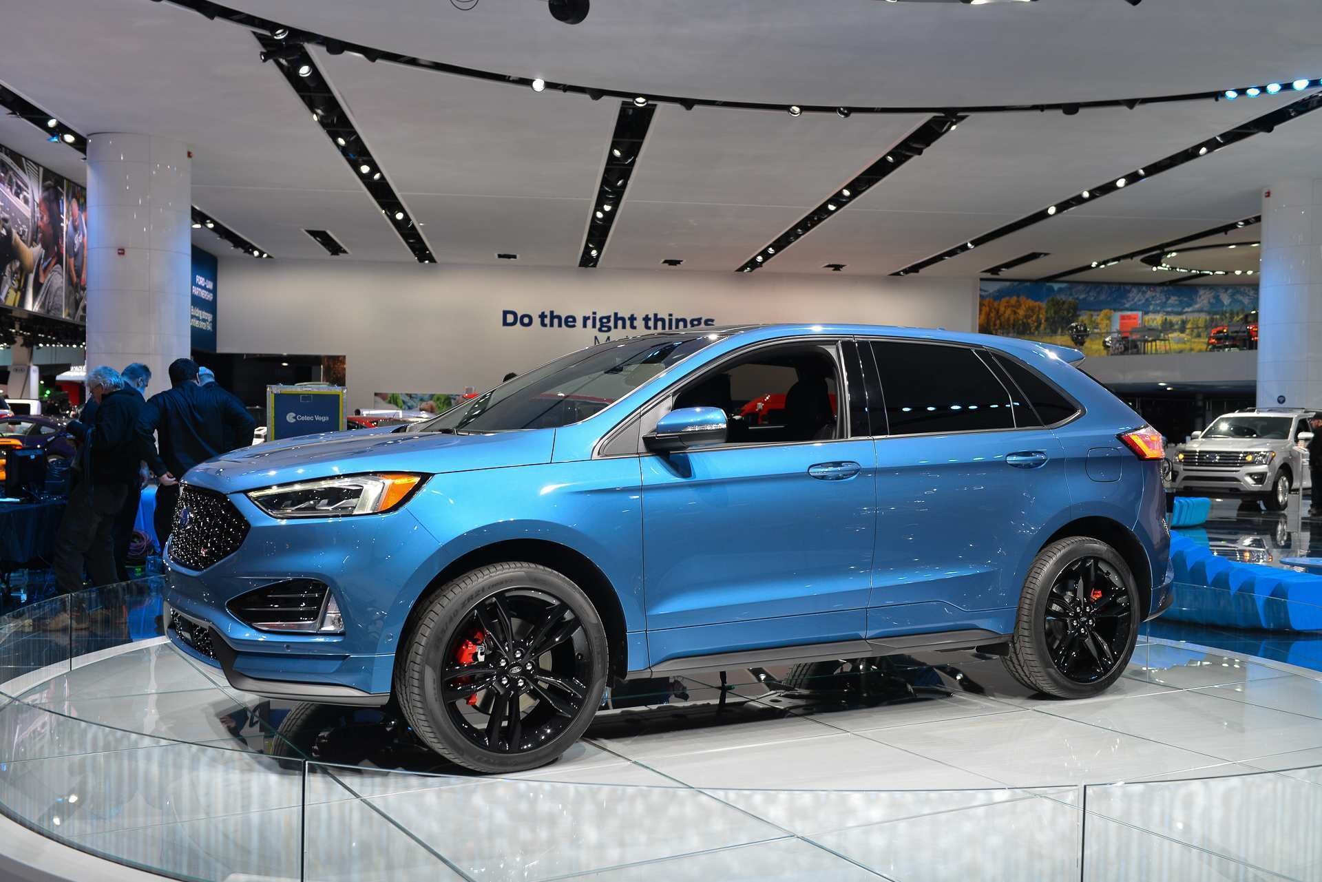 38 A 2019 Ford Edge Sport History