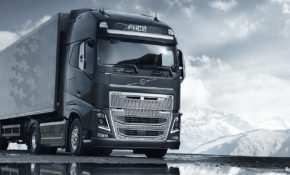 38 A 2019 Volvo Big Truck Images