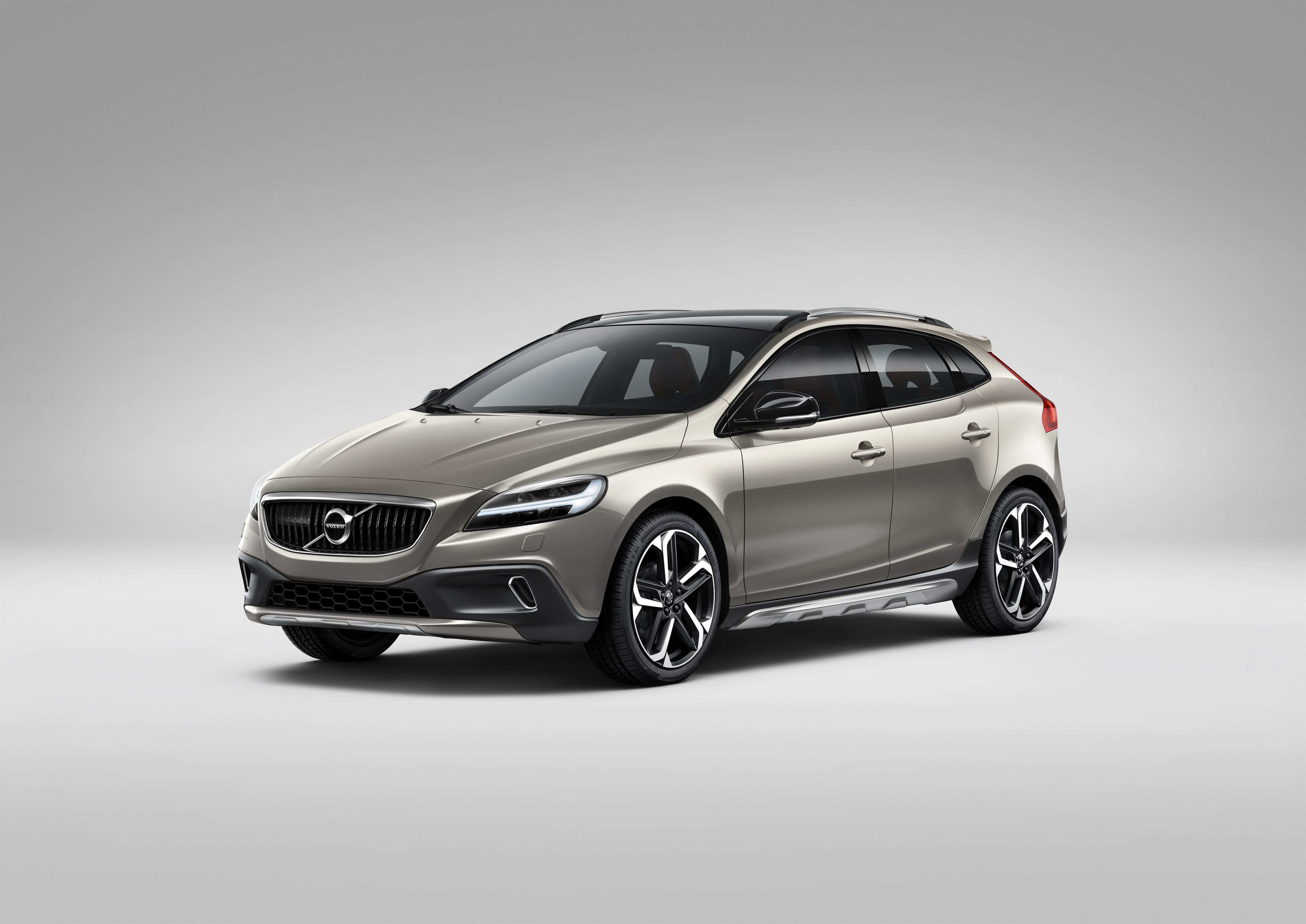 38 All New 2019 Volvo S40 Pictures