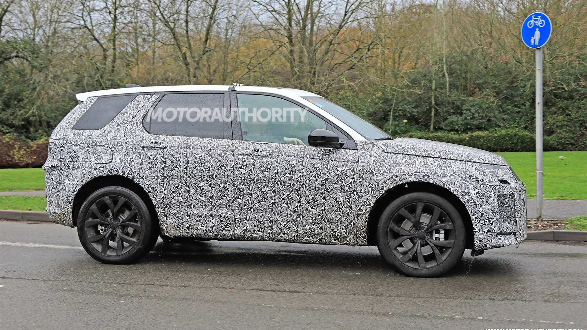 38 New 2020 Land Rover Discovery Sport Images