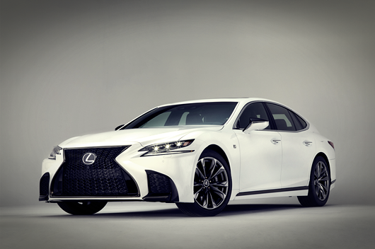 38 The Lexus 2019 F Sport Speed Test