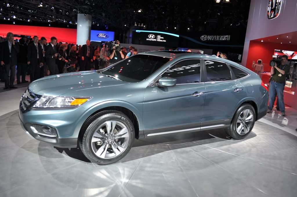 39 A 2019 Honda Crosstour Ratings