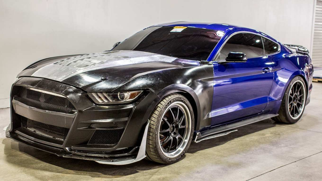 39 A 2020 Ford GT350 Style