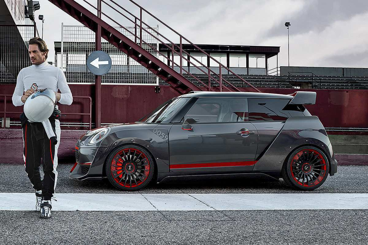 39 The 2020 Mini Cooper Clubman Picture