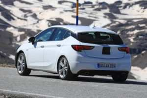 40 A 2019 New Astra Prices