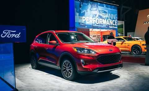 40 A 2020 Ford Escape Exterior
