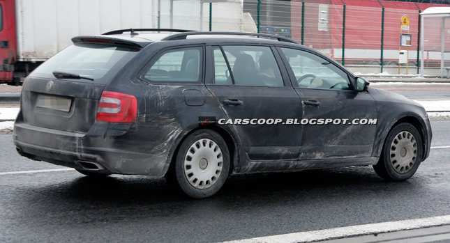 40 A Spy Shots Skoda Superb Concept