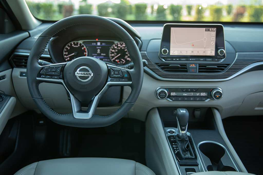 40 Best 2019 Nissan Altima Interior Concept