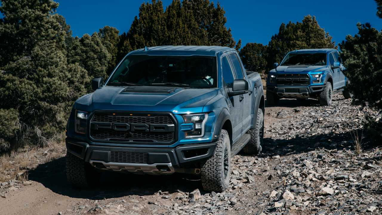 40 New 2019 Ford F150 Svt Raptor Review And Release Date