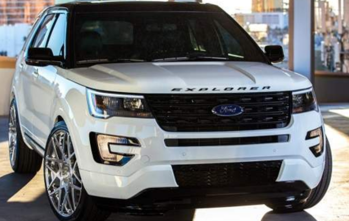 40 The 2020 Ford Explorer Sports Concept