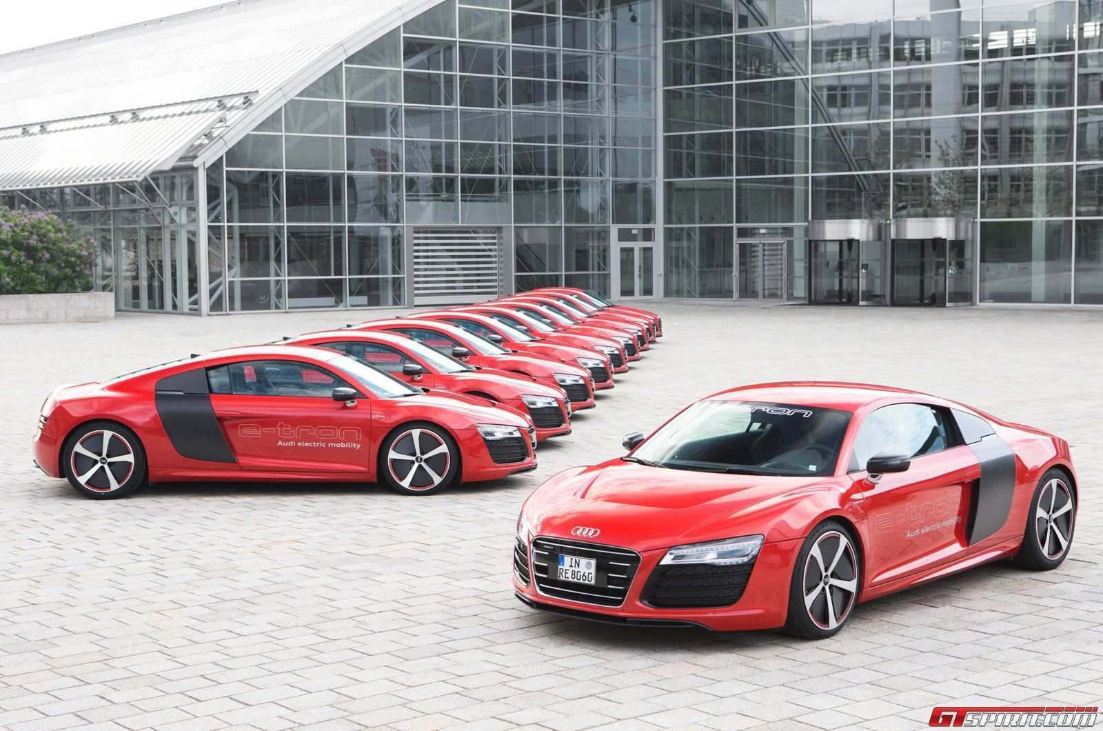 40 The Best 2020 Audi R8 E Tron Images
