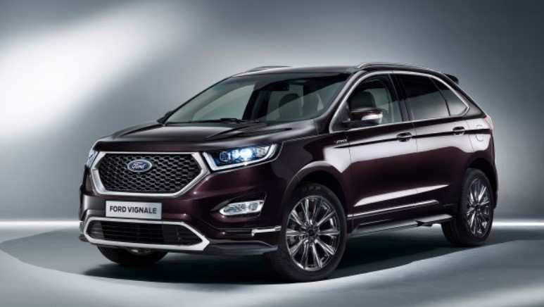 41 A 2020 Ford Edge Sport Picture