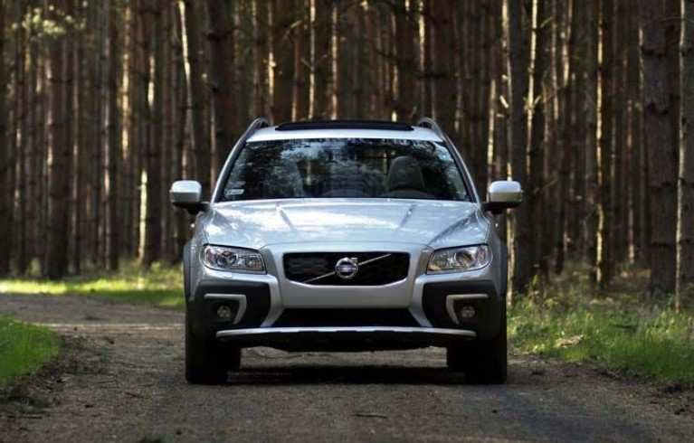 41 A 2020 Volvo Xc70 Performance And New Engine