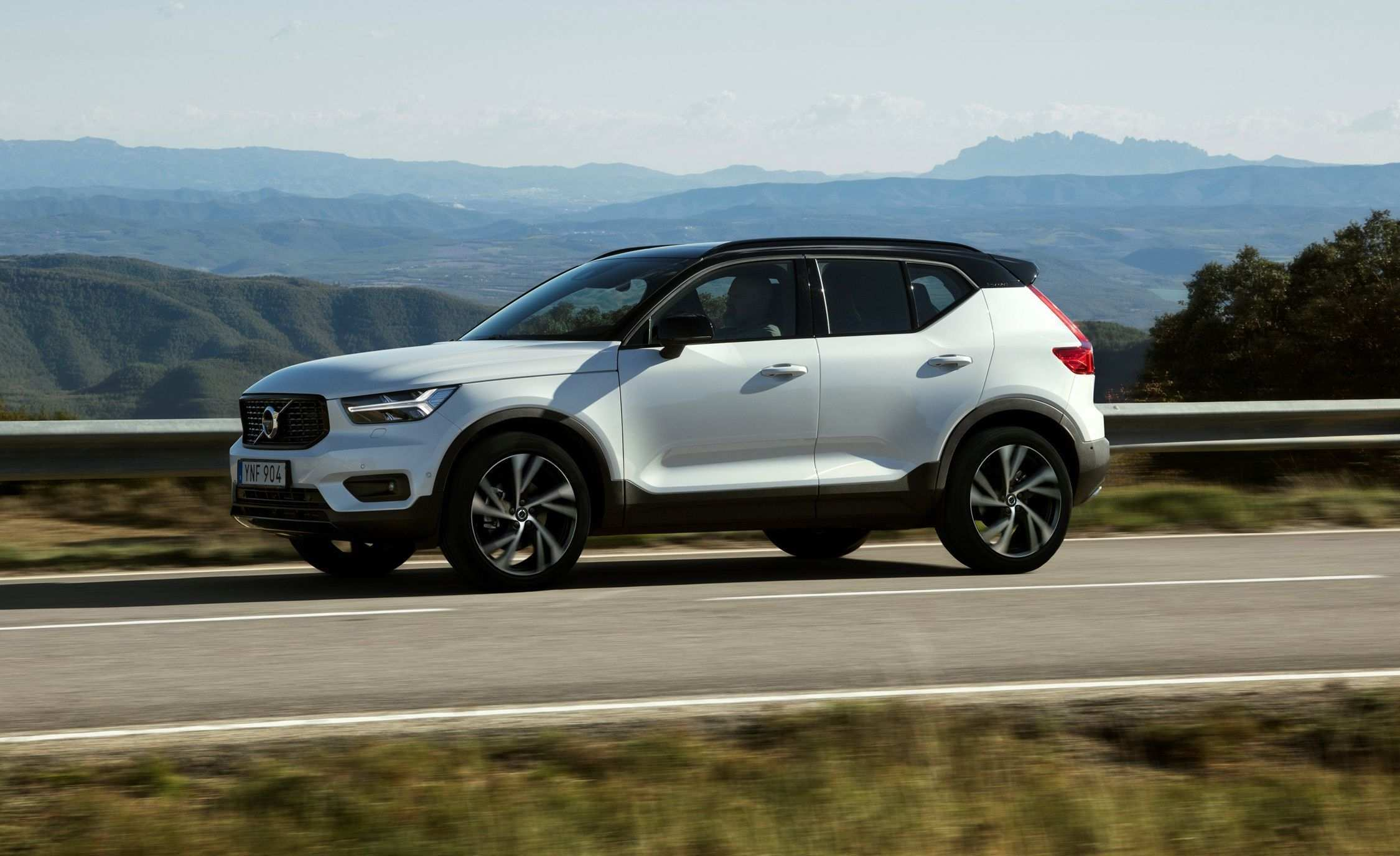 41 New Volvo To Go Electric By 2019 First Drive