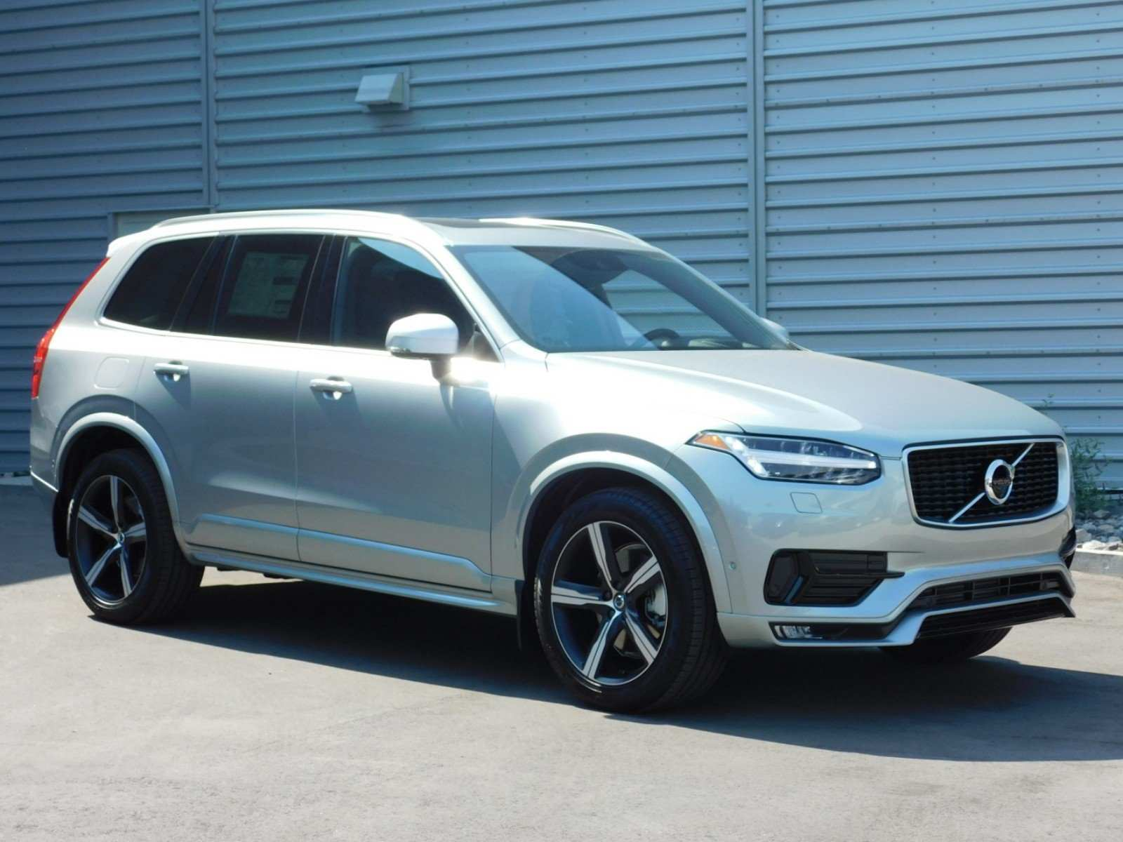 41 The 2019 Volvo XC90 Configurations