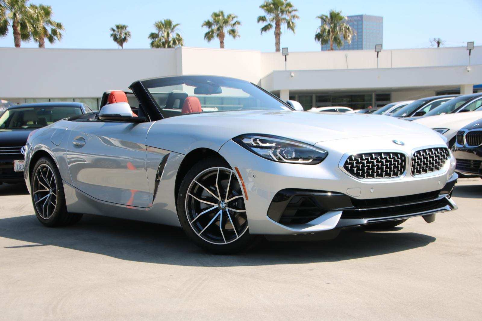 42 A 2019 BMW Z4 Roadster Images