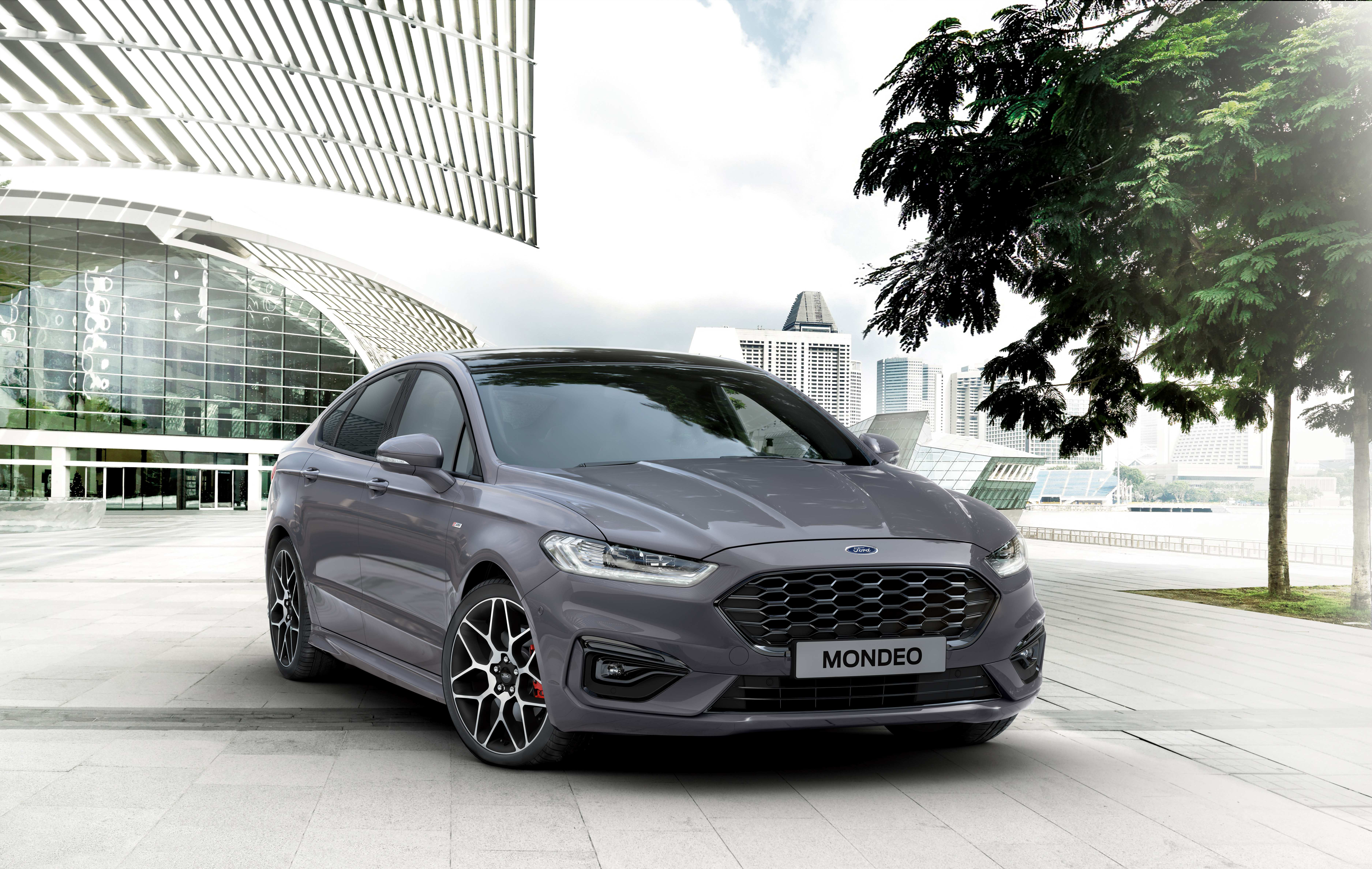 42 A 2020 Ford Mondeo Vignale Exterior And Interior