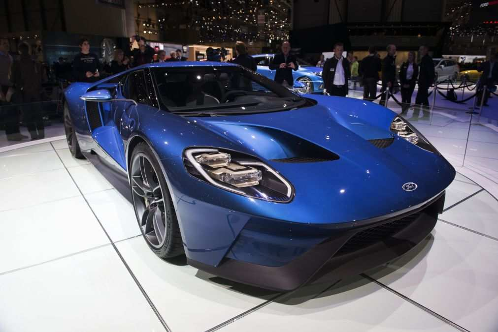 42 The 2020 Ford GT Images