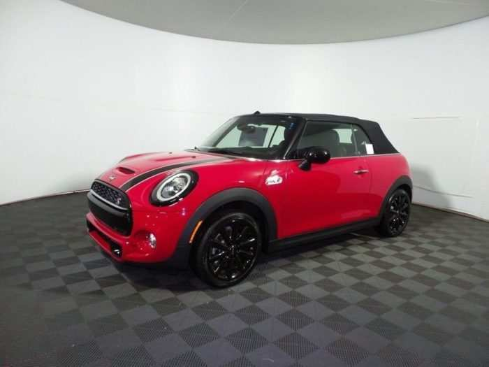 42 The 2020 Mini Cooper Convertible S Ratings