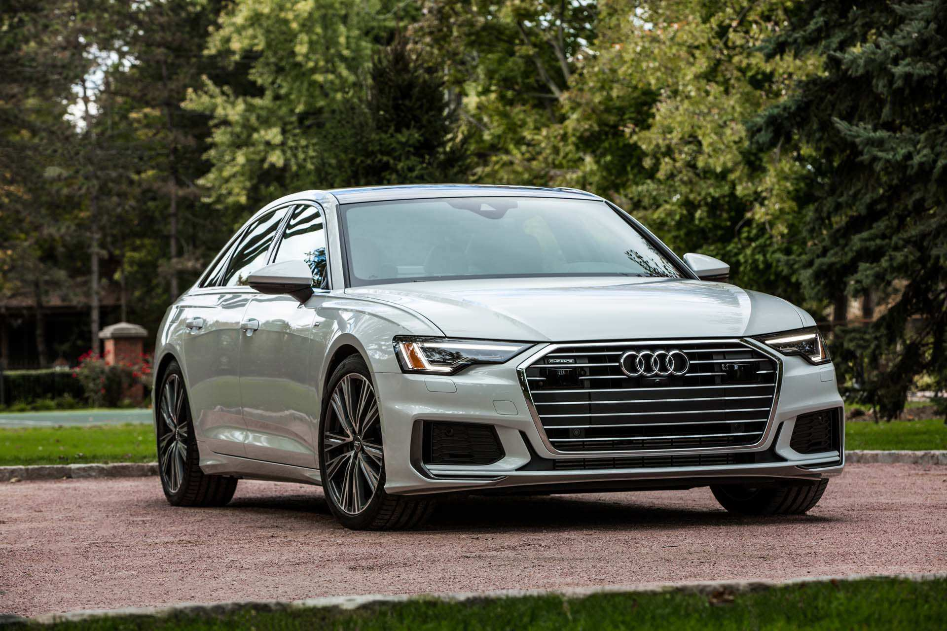43 A 2019 The Audi A6 Photos