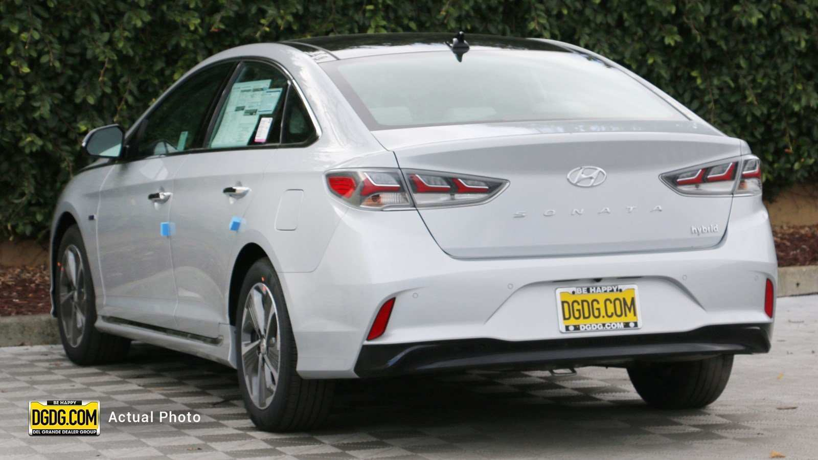 43 The 2019 Hyundai Sonata Hybrid Pictures