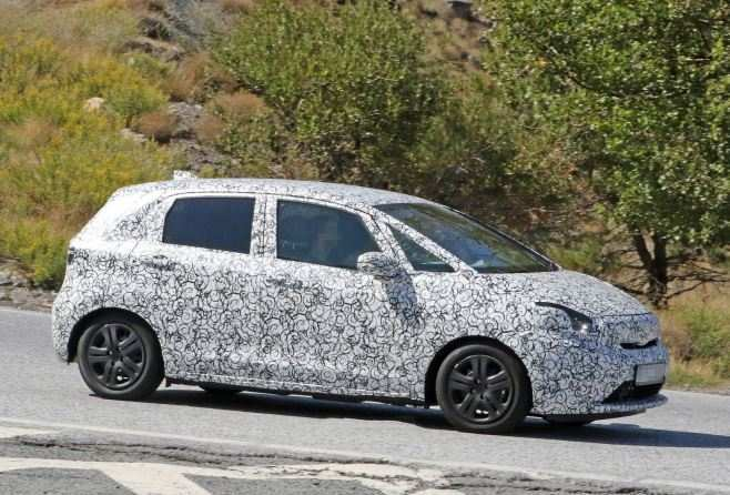 43 The Honda Fit Redesign 2020 First Drive