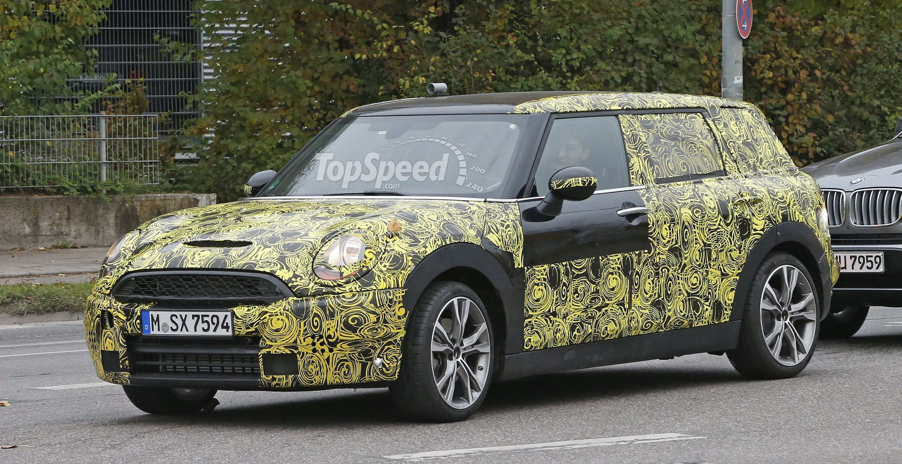 43 The Spy Shots Mini Countryman Pictures