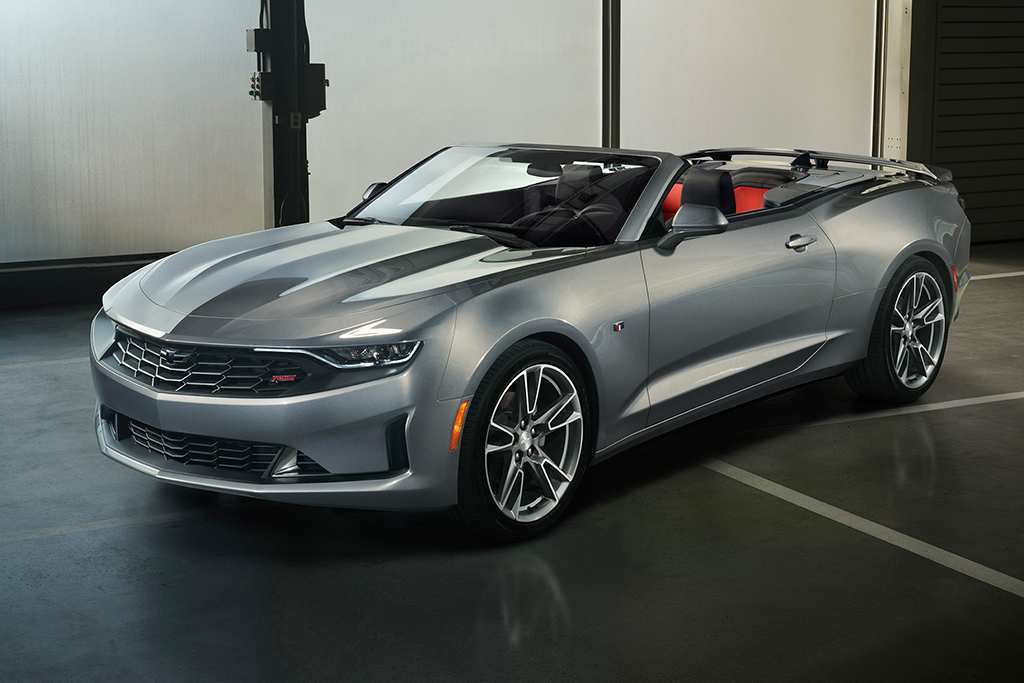 44 A 2019 Chevrolet Camaro Photos
