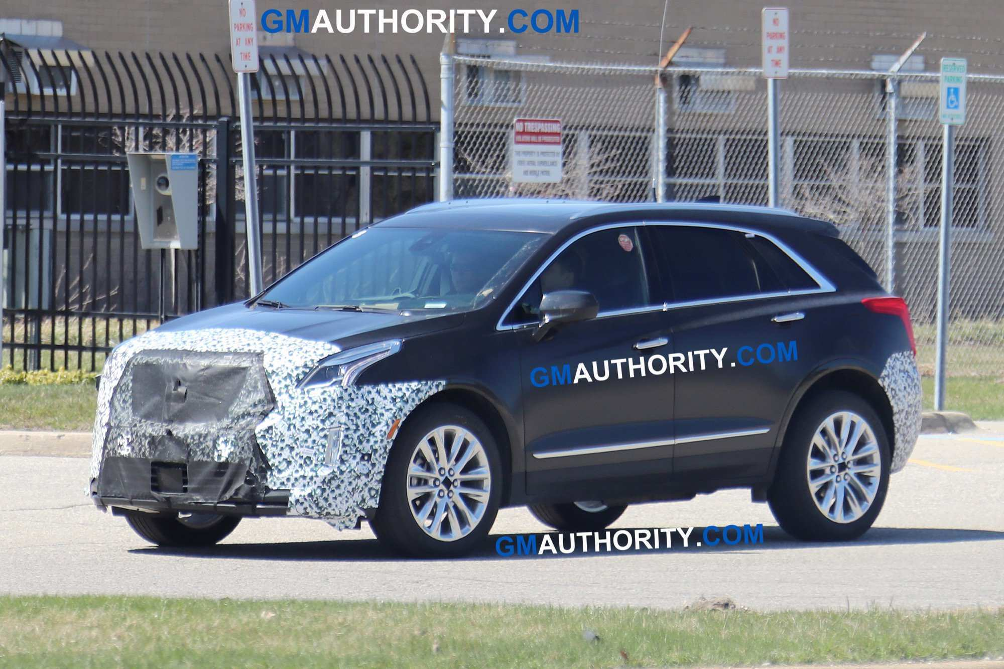 44 A 2019 Spy Shots Cadillac Xt5 Performance And New Engine