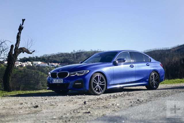 44 A 2020 BMW 3 Series Picture