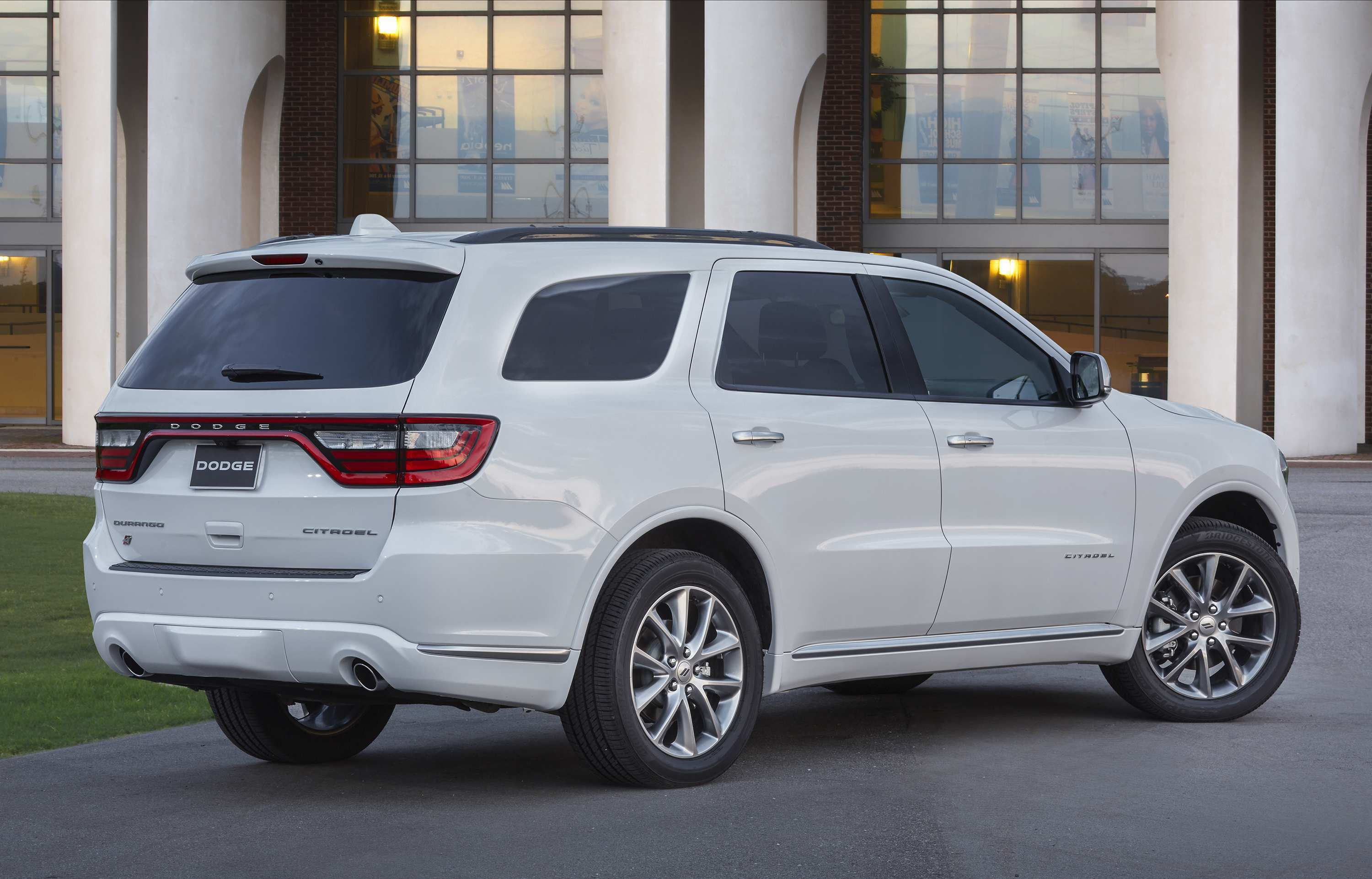 44 A 2020 Dodge Durango Price And Review