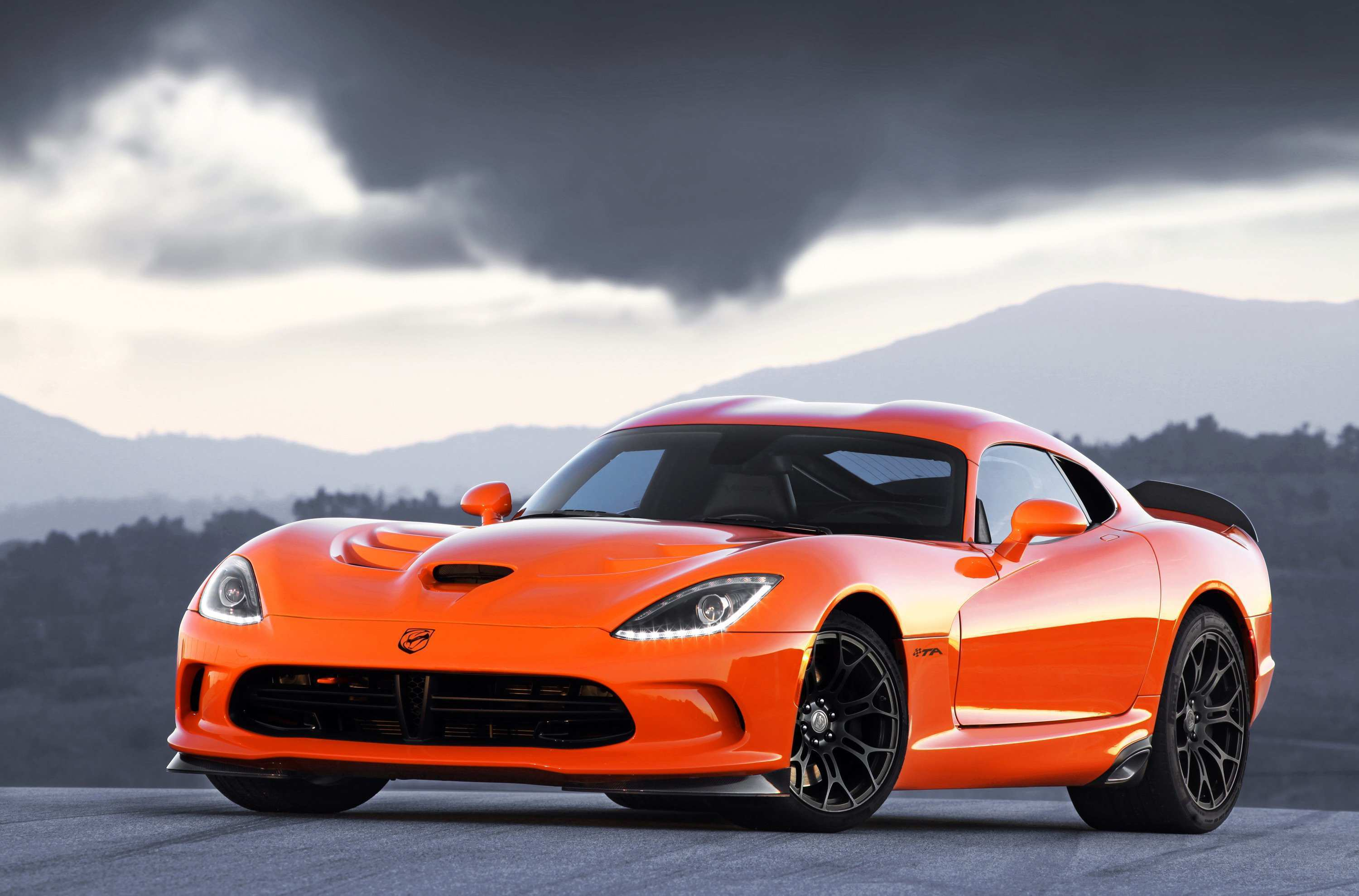 44 A 2020 Dodge Viper ACR Exterior And Interior