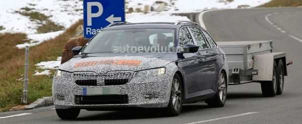 44 A Spy Shots Skoda Superb Style
