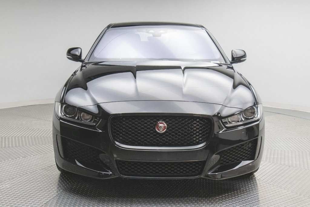 44 All New 2019 Jaguar Xe Landmark Exterior