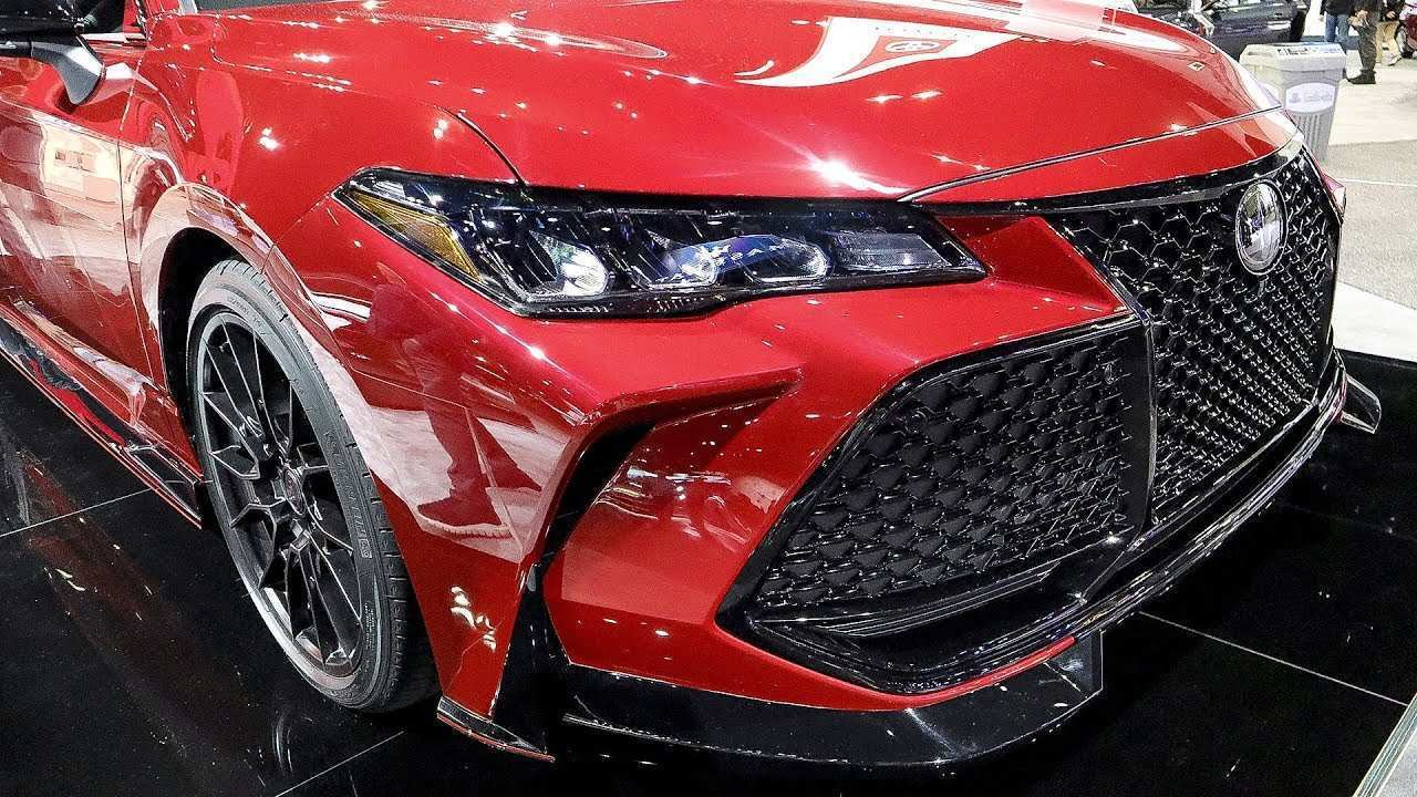 44 The 2020 Toyota Avalon Spy Shoot