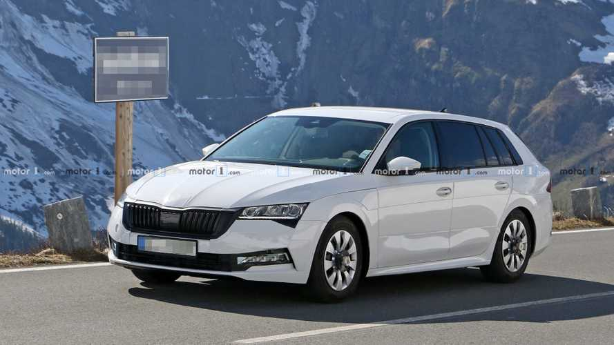 45 A Spy Shots Skoda Superb Wallpaper